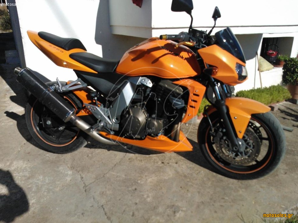 Πωλείται Μεταχειρισμένο Naked Kawasaki z750 του 2006