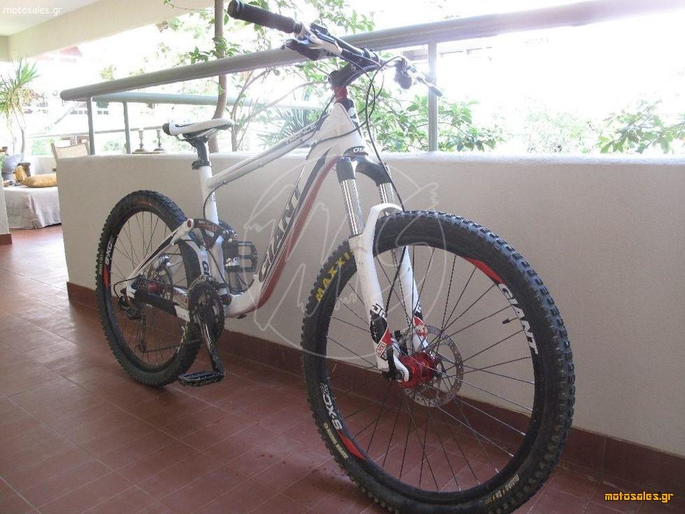 Πωλείται Μεταχειρισμένο Ποδήλατο Mountain Giant  Trance x4 του 2012
