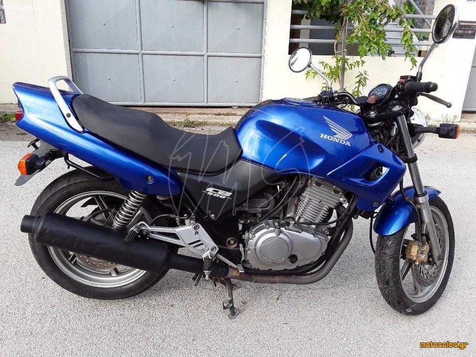 Πωλείται Μεταχειρισμένο Naked Honda CB 500 του 2002