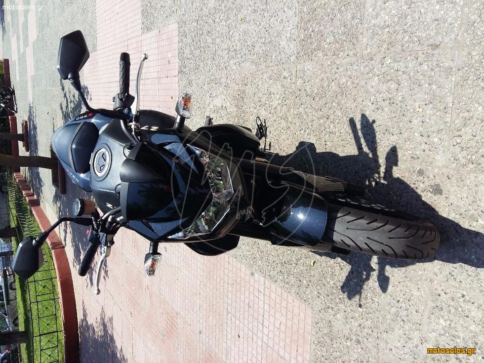Πωλείται Μεταχειρισμένο Naked Kawasaki Z 750 του 2009