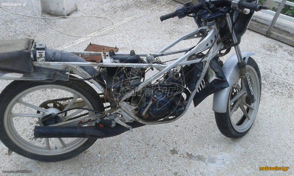 Πωλείται  Super Sport Suzuki RG 80 του 1991 με ζημιά